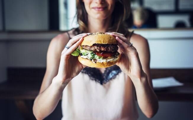 Alimentação e exercícios: alguns alimentos gordurosos devem ser evitados, ou pelo menos consumidos com moderação