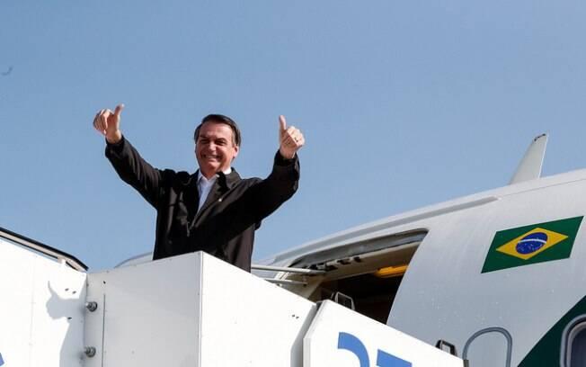 Presidente Jair Bolsonaro ri do resultado da pesquisa Datafolha em seu Twitter e ironiza instituto: