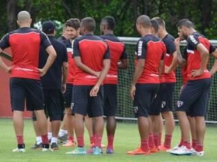 Derrota para o Corinthians, pela Libertadores, ainda repercute no CT do São Paulo