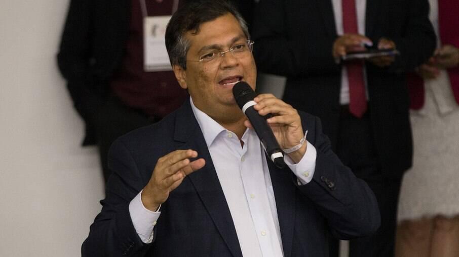 Dino, sobre Bolsonaro: