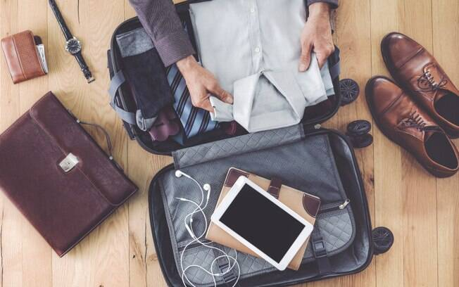Cuidado com o que levará na bagagem de mão: itens frágeis e valiosos devem ser colocados nela para evitar transtornos