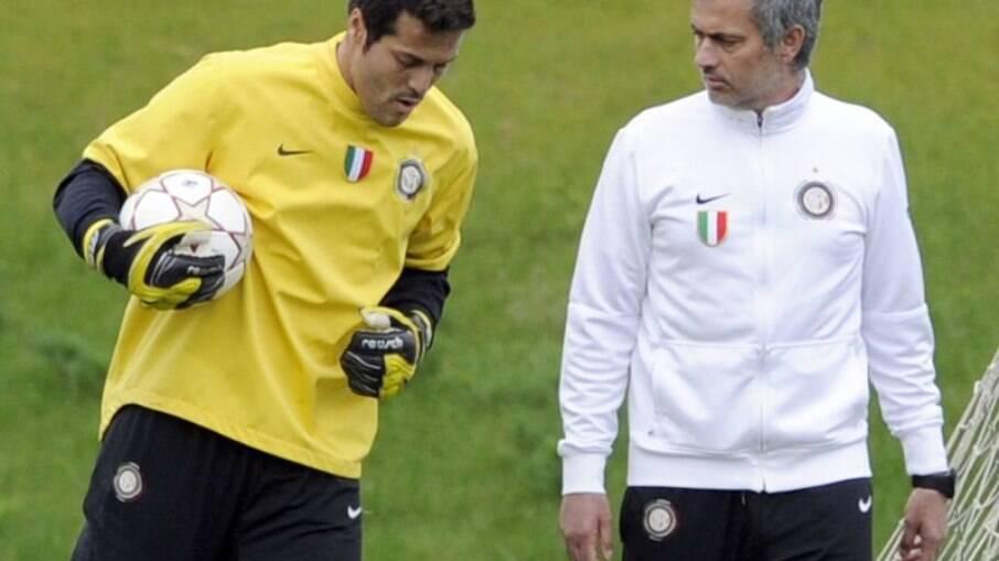 Júlio César e José Mourinho trabalharam juntos na Inter de Milão por duas temporadas