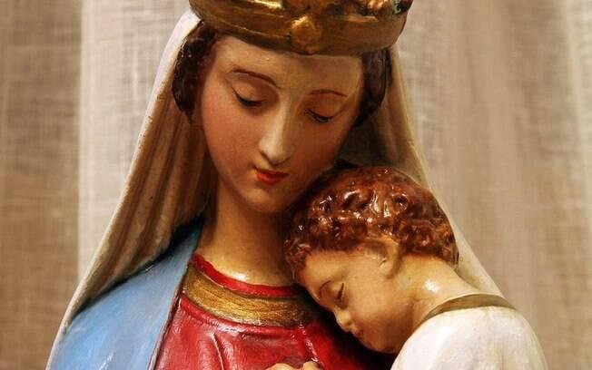 Oração Maria Passa na Frente: veja como abrir seus caminhos
