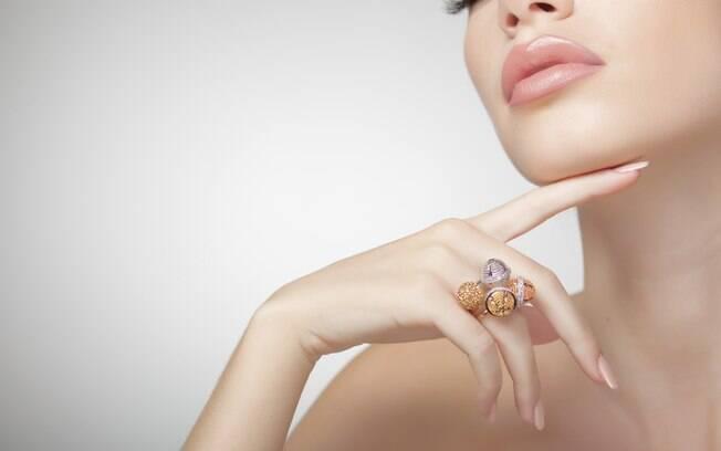 Caixa Econômica Federal realiza em média 34 leilões de joias por mês no Brasil. Foto: Thinkstock