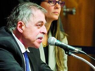 Corrupção. Paulo Roberto Costa será acusado, junto com o doleiro Alberto Youssef e os 11 executivos