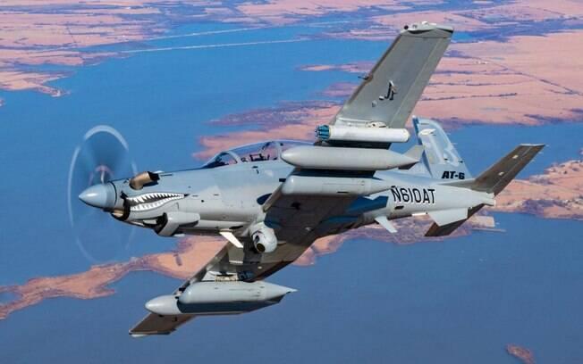 USAF recebe a primeira aeronave de ataque leve AT-6 Wolverine