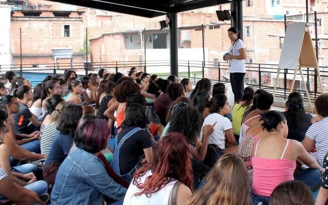 Reportagem conversou com projetos que atuam em Paraisópolis e descobriu como eles estão empoderando os moradores