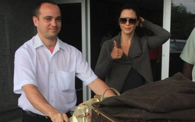 Guilhermina Guinle chegando ao Rio: muitas comprinhas