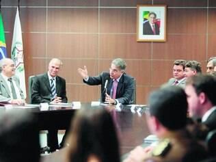 Repasse. Secretariado de Fernando Pimentel repassou ações dos primeiros dias e cortes de gastos feitos