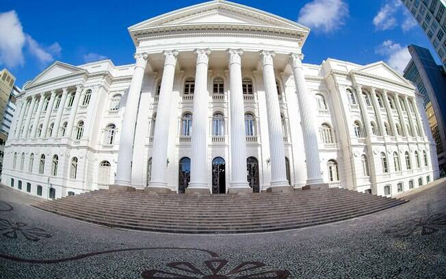 Candidatos podem se inscrever no vestibular da UFPR (Universidade Federal do Paraná) até 14 de setembro