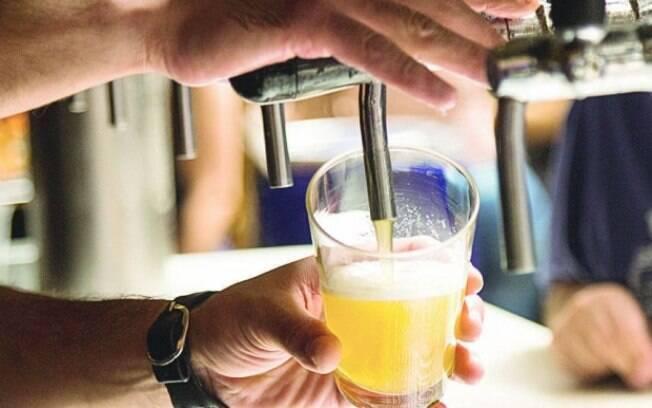 Em todo o mundo, o consumo de álcool é uma realidade para 27% dos jovens com idade entre 15 e 19 anos