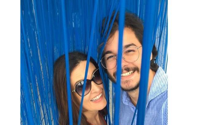Fátima Bernardes comemora aniversário de namoro com Túlio Gadêlha