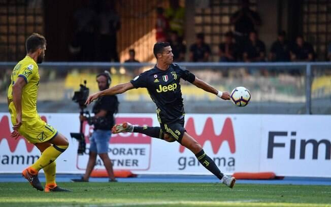 Cristiano Ronaldo até tentou, mas não marcou em sua estreia pela Juve