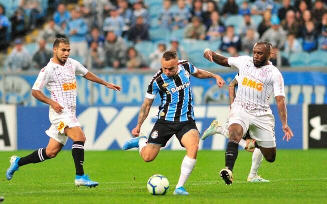 Grêmio e Corinthians se enfrentaram em Porto Alegre neste sábado
