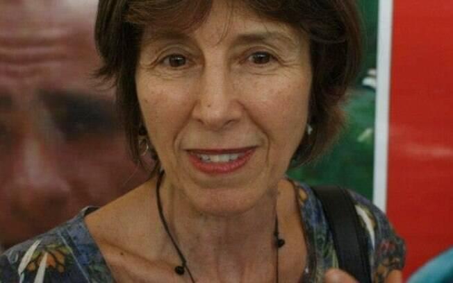 Maria Rita Kehl, psicanalista e escritora faz críticas às ações do presidente diante da Covid-19