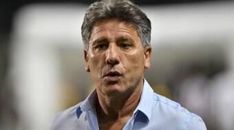 Corinthians se reúne com Renato Gaúcho e aguarda resposta