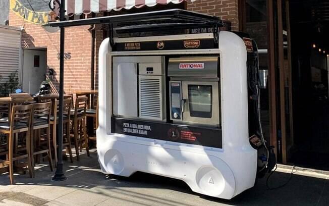 Mini-pizzaria da Patroni funciona em veículo elétrico