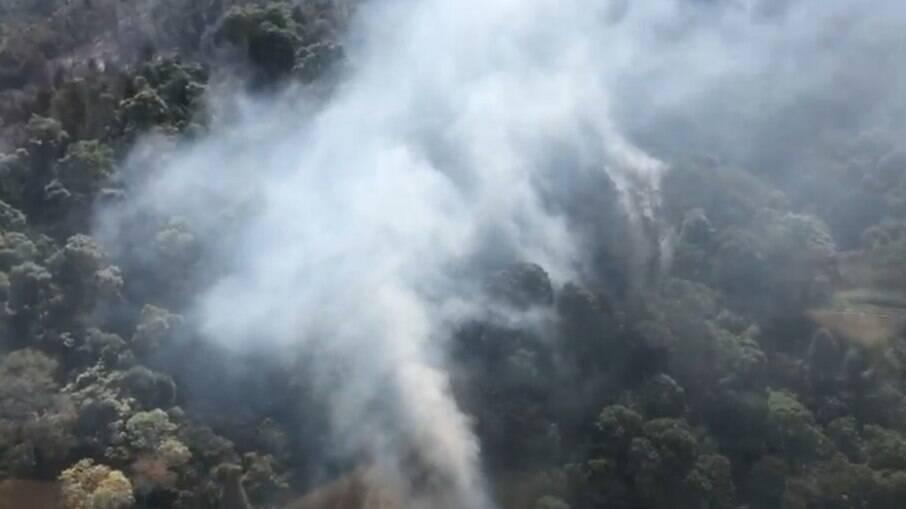 Incêndio no Pico das Cabras, em setembro do ano passado.