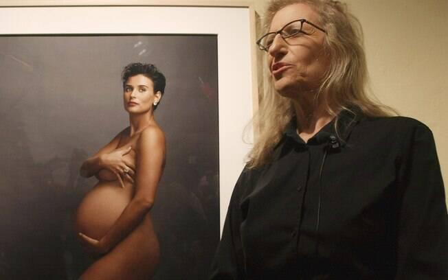 A fotógrafa Annie Leibovitz, à direita, não considera sua foto