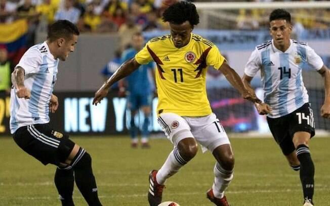 Argentina x Colômbia é o destaque da agenda do futebol deste sábado
