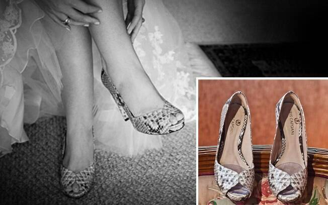 Os sapatos de cobra usados por Júlia, presente da madrinha Cris Capoani