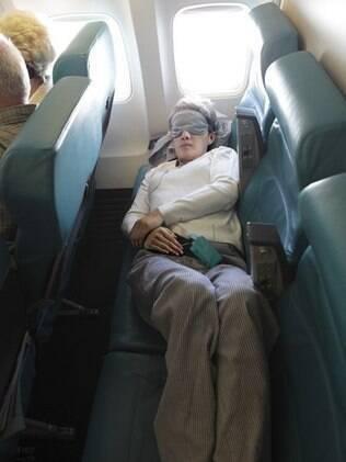 Manter boas maneiras a bordo é essencial para um voo tranquilo