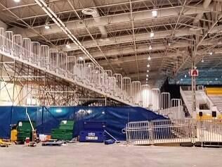 Arena está inacabada a 4 dias do início