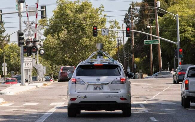 O Google afirmou que vem guiando os carros ao longo das ruas de Mountain View, na Califórnia