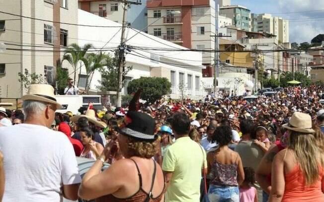 Bloco de carnaval em Belo Horizonte termina com folião morto após briga