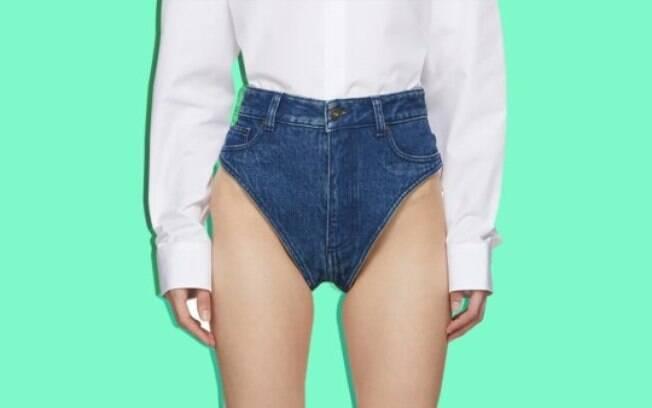 Em mais uma novidade do mundo da moda, marca lança calcinha jeans que chega a ser vendida online por mais de R$ 1,2 mil