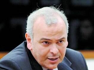Júlio Delgado, pré-candidato ao governo, apoiava aliança com o PSDB