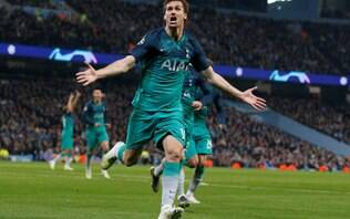 Em jogo com recorde de gols, Tottenham se classifica para a semi da Champions