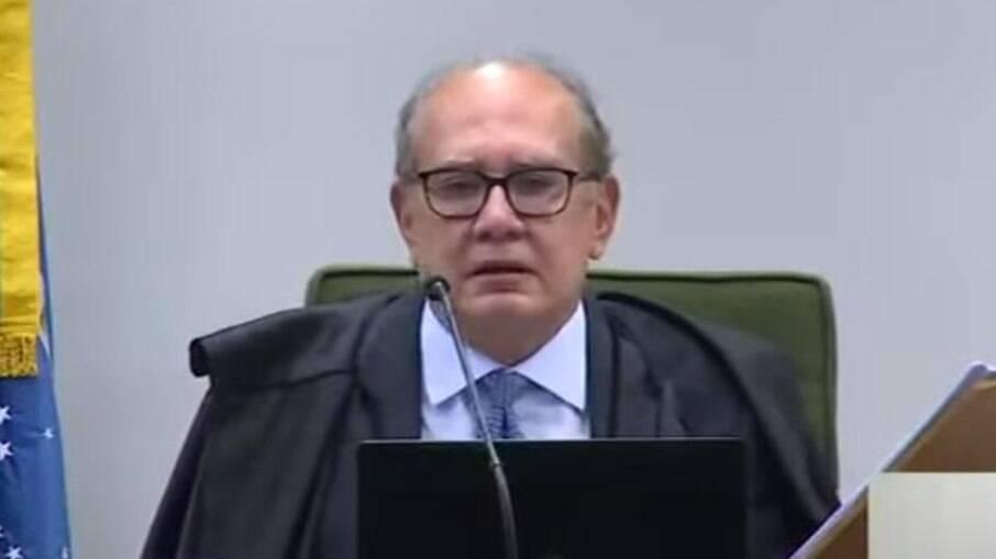 Ernesto Araújo ataca decisão do STF e Gilmar Mendes rebate: