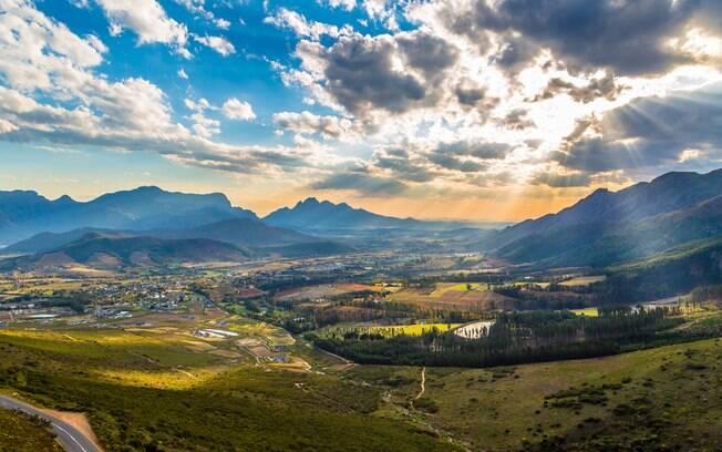 Franschhoek é considerada a capital gourmet da África do Sul, por isso, o destino é indicado para o turismo gastronômico