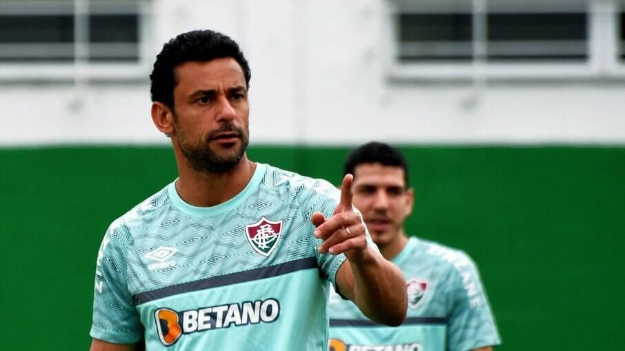Fred se lesiona e vira baixa no Fluminense
