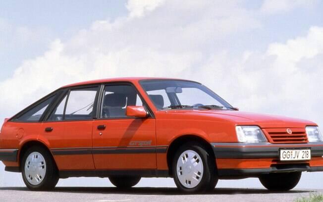 Opel Ascona 5 portas