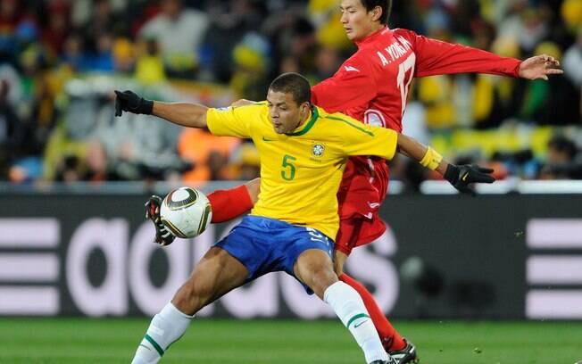 Felipe Melo foi titular da seleção brasileira  na Copa de 2010