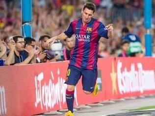 Messi marcou duas vezes para definir o triunfo do time catalão sobre o Elche, por 3 a 0, no Camp Nou