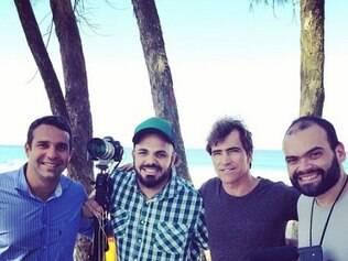 Da esquerda para a direita: Carlos Percol, Marcelo Lyra, o surfista Carlos Burle e Alexandre Severo