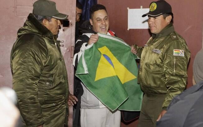Sete dos 12 corintianos presos na Bolívia  foram liberados na noite de quinta-feira, dia 6 de  junho