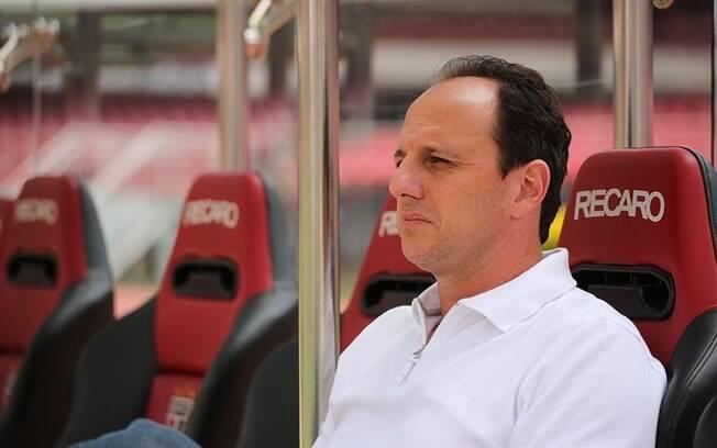 Rogério Ceni é treinador do São Paulo desde o início da temporada
