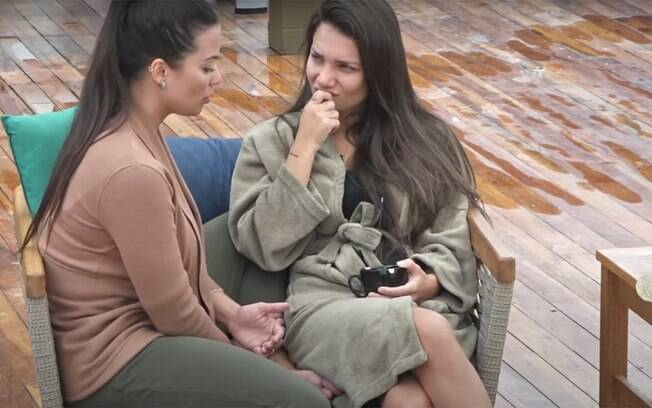 Stéfani Bays e Vitória Villarim