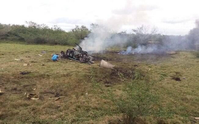 Avião caiu em um terreno desabitado
