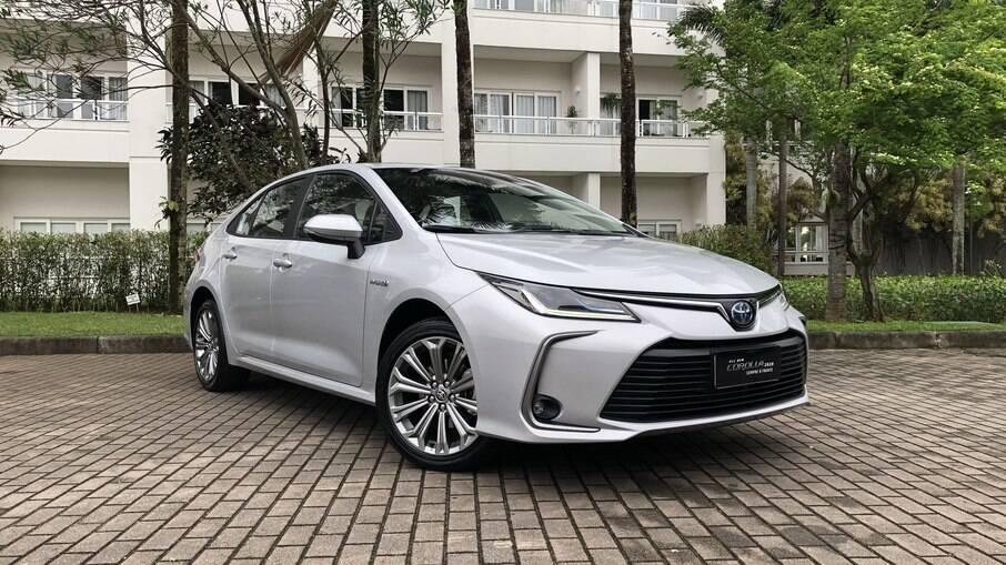 Toyota Corolla Altis: tem preço sugerido que parte de R$ 151.090. Por ser híbrido, não está incluído no rodízio em São Paulo