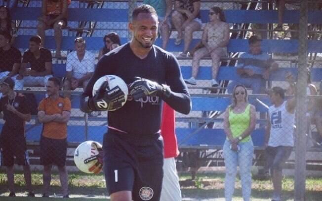 Goleiro Bruno mostra sua rotina em conta do Instagram