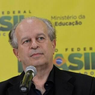 Não há mais recursos disponíveis para novos contratos do Fies, diz Janine Ribeiro