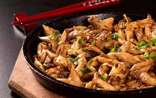 Além de gostoso, o shimeji é um cogumelo rico em proteínas.