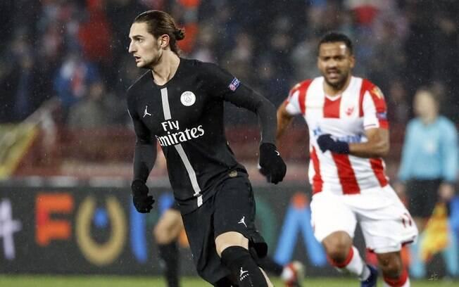Adrien Rabiot, do PSG, entrou com representação jurídica contra o clube