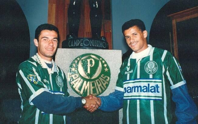Em 1994, Rivaldo (direita) trocou o  Corinthians pelo Palmeiras