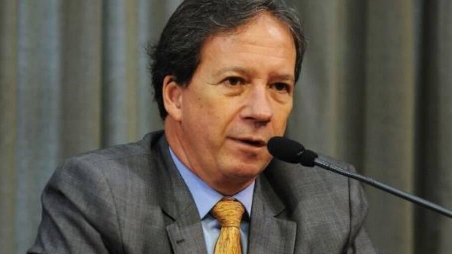 Edson Aparecido, secretário municipal da Saúde